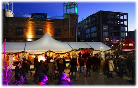 Weihnachtsmarkt Rheinauhafen